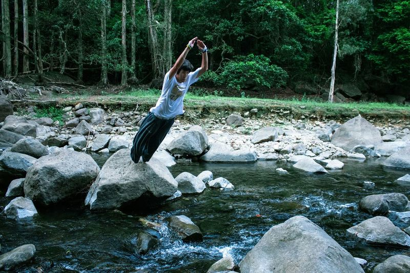 Explore HK: Cross the river? No problem. River Parkour Teammate Explore Hk EyeEm Best Shots EyeEm Nature Lover My Hobby The Action Photographer - 2015 EyeEm Awards Capture The Moment