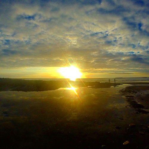 Watching the sunset after a walk with the family 🌅 Sunset Borth Wales Beautiful Sun Beach Sea Kodak_photo Kodakmoment Goprohero Gopro Goprooftheday Photooftheday Instagramers Instagood Instadaily Instamood Instalike Likes4likes Follow4follow Followme Follow Comment Explore Walk