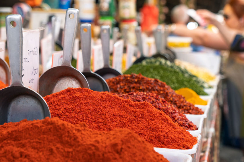 Choice City Life Dried Food Freshness Herb Market Vendor Measuring Middle East Red Sale Spice Bazaar Spoon Arrangement Carmel Market Chili  Close-up Food Ground - Culinary Ingredient Market Stall Multi Colored Paprika Seasoning Spice Variation