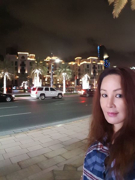 My Travel In Dubai Series: Nightphotography Enjoying Life Hello World Lizara ❤️ Solo Traveler! Dubai❤ Travel Photography Streetphotography Exploring BuildingPorn Taking Photos Lonely Road Cityscapes