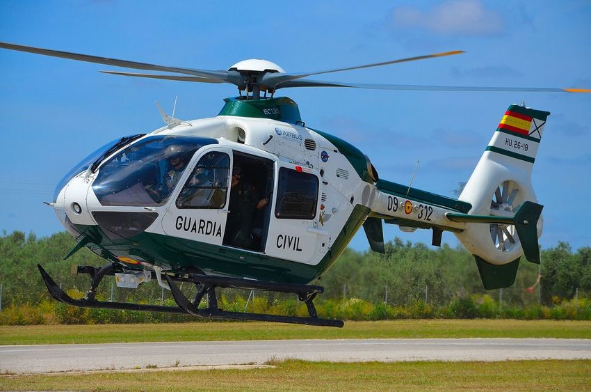 Exhibicion Fly Guardia Civil Helicopter Helicoptero Spoting Flying Spotting Eurocopter Airbus eurocopter 135
