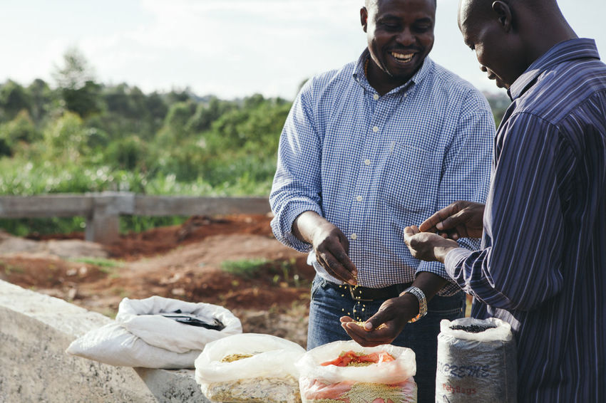 Africa African Business Construction Construction Materials Entrepreneur Entrepreneurs Entrepreneurship Materials Men Pellets Plastic Product Products Recycle Recycled Recycled Materials Recycled Plastic Recycling Social Business Sustainability Sustainable Trash Waste