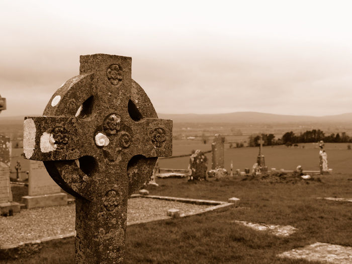 Rock of Cashel, Ireland Ancient Celtic Cross Cemetery History Ireland Landscape Monument Rock Of Cashel