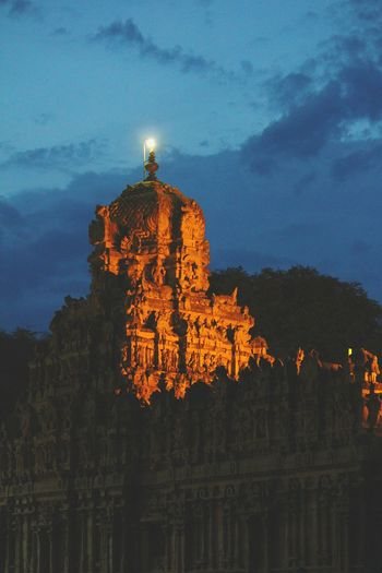 Bigtemple Thanjavur_Tamil Nadu Thanjavurtourism Thanjavur Tanjore Tanjore_big_temple Ancient Architecture Chola Architect 1000 AD Cholaperiod Night Lights Nightphotography Dim Light Showcase July