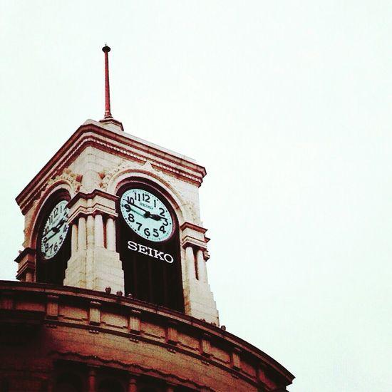 東京は忘れてないよ。 Earthquake In Japan No Standard World 3.11 Low Angle View Time Clock Tower Architecture
