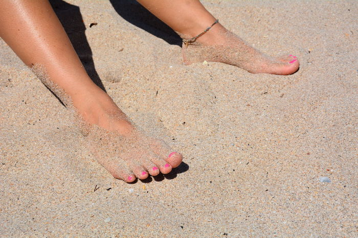 EyeEm Selects Sand Beach Human Body Part Human Leg Human Foot Summer One Person Vacations Nail Polish Barefoot Outdoors One Woman Only Low Section Beach Life People Only Women Sandy Feet Sandy Toes Sandy Barefeet Pink Color One Young Woman Only Leisure Activity Sunbathing Sommergefühle Neon Life