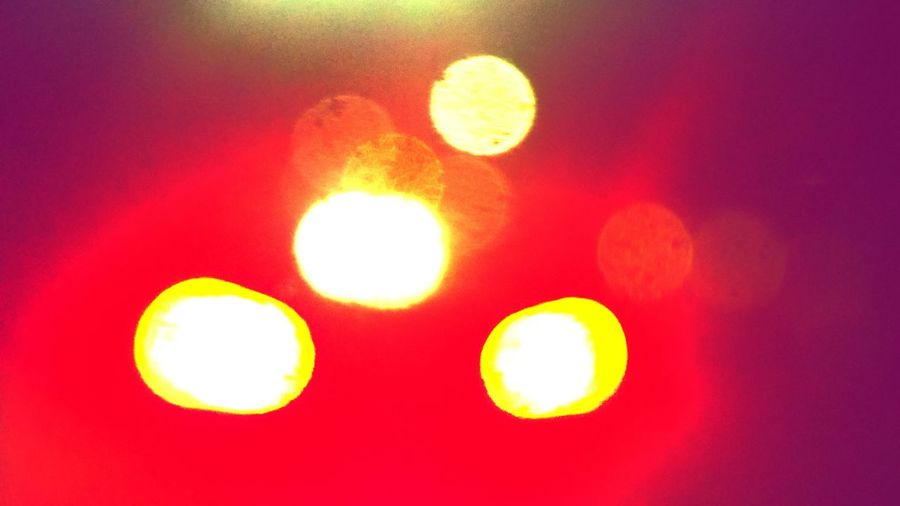 Taking Photos Night Driving  Out_of_focus Check This Out Brake Lights Glare Intense