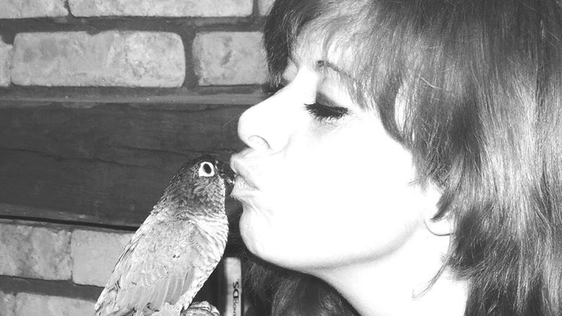 Me And My Bird Check This Out Own Style  EyeEm Gallery Beauty In Nature Eyem Nature Lover Lily Belgium From My Point Of View Lilymayparker.blogspot.be Lily May Parker Nature Lily May Art Earn My Memory  Lily Style Kito Peroquet Love Therapie❤️ Taking Photos For Once Portrait Of A Woman
