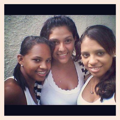 Sou feliz e agradeço pelas amizades que Deus me deu !!! :} amoo vcs <3 @aline_oliveirab e @evapinheiro