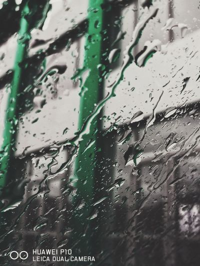 ⭕⭕🅰️🅱️🌦️😀 Sprite 🍋 Drop Day Window Car Wet Backgrounds Full FrameCaucasus HuaweiP10 Mobilography Land Vehicle Car Wash Water Windshield Close-up No People Transportation Outdoors Adipix