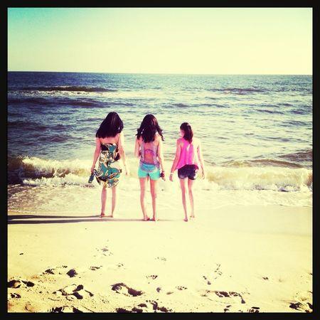 Sisters!:**