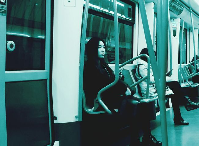 Your lovely white light Subway Portraits Peoplephotography My Little China Girl Dem Fontana
