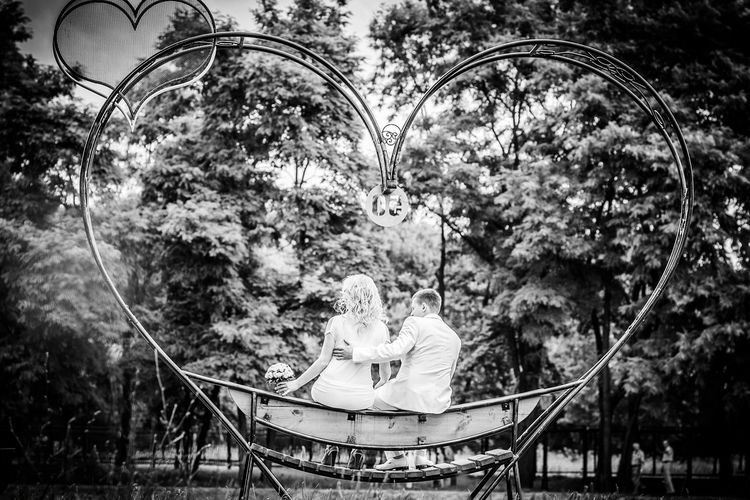 Hearth Wedding Wedding Photography Relax Hug Love Hugs Hugs & Love  Leisure Activity Relaxation Relaxing Tranquility Black&white Benchlovers Bench
