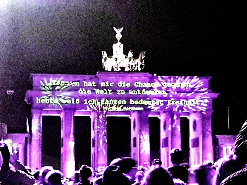 Crowd Group Of People Architecture Large Group Of People Communication City FREIHEITBERLINHappeningPlace EventPhotography Silhouette_collection Festivaloflightsberlin Brandenburger_Tor Brandenburger Gate Night Photography Festival Arts Culture And Entertainment Architecture Freiheitberlin Reflection Night Nightphotography Night Out Nighttime Nightshot #FREIHEITBERLIN