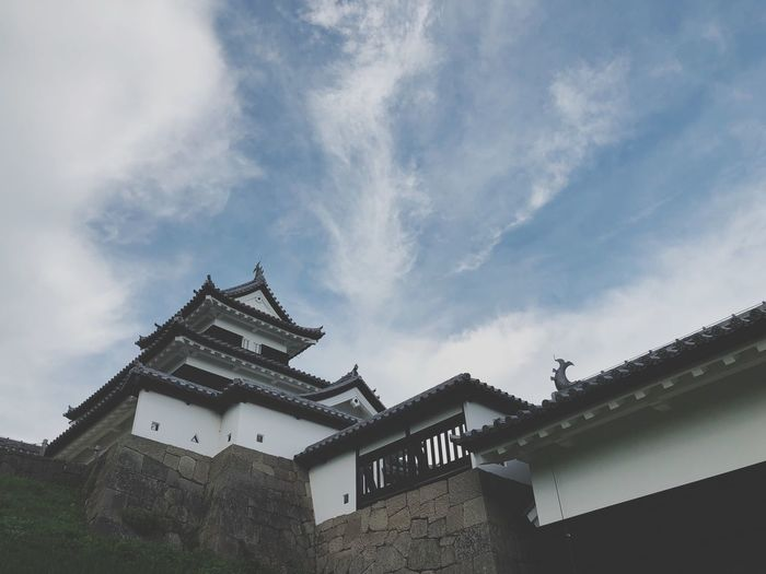 Japanese Castle🏯🇯🇵 Shirakawa City, Fukushima Prefecture, Japan. Built Structure Architecture Sky Building Exterior Cloud - Sky Low Angle View Building