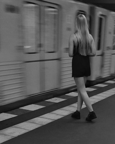 Bnw_friday_eyeemchallenge, well a kind of longer exposure... Notes From The Underground Sexy Commute Capture Berlin