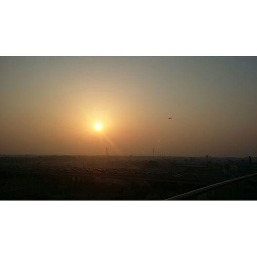 Sunset in Dubai. Dubai Jwmarriottmarquis Jwmarriottmarquisdubai JWMarriottHotels Whenindubai