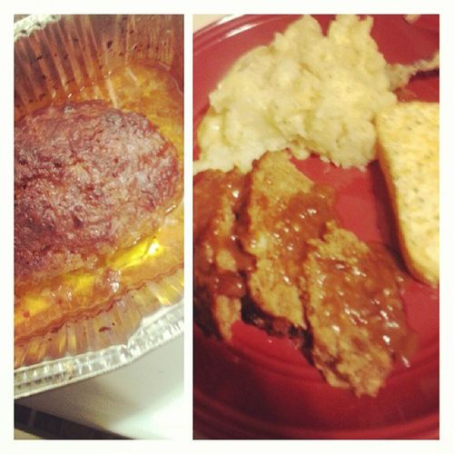 My first time makinq Meatloaf. hahaha best Meatloaf I ever had... LastnightDinner Iwantmore . soo qood.
