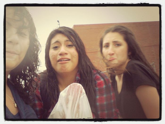 Got Wet In The Rain With These Girls ;) @duhkneella @pie_ola23