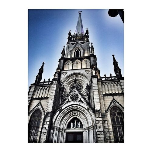 Auto Post Production Filter Building Exterior Architecture Built Structure Travel Destinations Religion City Place Of Worship Clear Sky Sky Travel Low Angle View Spirituality Tower Outdoors No People Rose Window Day Clock Tower Clock foto by Rosana Nascimento📷®