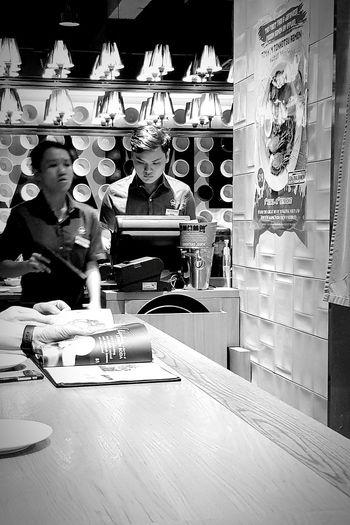 F&b Streetphotography Sgstreetphotography Bnwstreetphotography Bnwphotography Bnwsingapore Singapore
