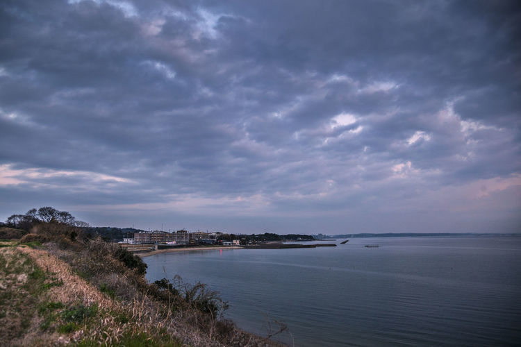 The early morning of bay Beauty In Nature Cloud_sky Cloudy Coastline Day Horizon Over Water Idyllic Nature No People Non-urban Scene Outdoors Overcast Overcast Morning Overcast Sky Overcast Remote Sky Tranquil Scene Tranquility Weather Beach Scenics Sea Water