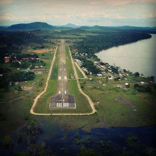 Runway Venezuela Pista Aeródromo Amazonas La Esmeralda Orinoco