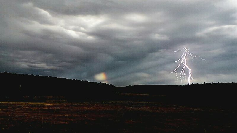 Lightning And Thunder Lightning Bolt Lightning Flash In Sky Lightningphotography Sundog