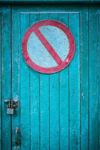 No something sign, Torrelavega, Cantabria, Spain. Architecture Art Is Everywhere Beauty In Ordinary Things Beauty Is Everywhere  Detail Door Extraordinary Ordinary No Entry No Parking Sign Tuquoise