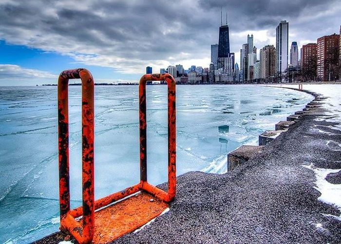 Frozen lake. Likechicago Mychicagopix Igerschicago Chicity_shots Flippinchi Artofchi Insta_chicago Chicagoprimeshots Choosechicago Loves_architecture Art_chitecture Rsa_architecture Architectureporn Archilovers Arkiromantix Tv_buildings Chiarchitecture Loves_cityscapes Total_city Rsa_streetview Loves_united_states Water_captures Loves_water Water_brilliance Tv_aqua everyshots waycoolshots splendid_shotz ig_masterpiece ig_sharepoint