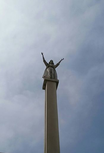 Cristo Lord Monument Sculpture Catholic Jesuscristo Heaven Christo God Peru el Señor viene con misericordia