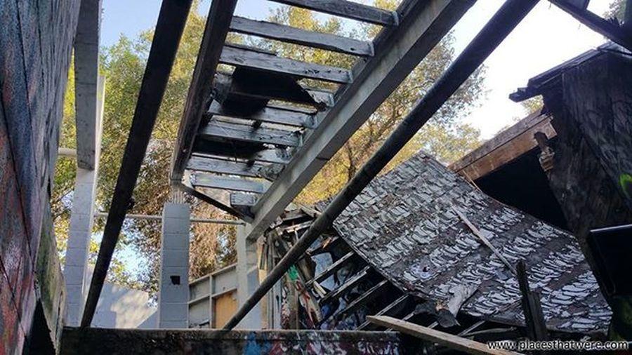 Collapsed roof of Canned Heat House Abandoned California Urbanexploration Urbex Abandonedplaces Cannedheat Picoftheday Topangacanyon Abandonedcalifornia Abandonedamerica Topanga Amazingplaces Bobhite Blindowl Alanwilson TheBear Losangeles Cannedheathouse 27 27club Abandonedbuilding