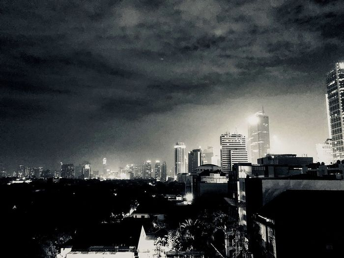 Black and White night in Jakarta #Indonesia 🇮🇩 INDONESIA Jakarta #Indonesia #jakarta IPhoneography IPhoneX Building Exterior Architecture Built Structure City Building Sky Office Building Exterior Night Skyscraper Illuminated Cityscape Cloud - Sky City Life Office Outdoors No People Landscape Tall - High Modern HUAWEI Photo Award: After Dark Summer In The City