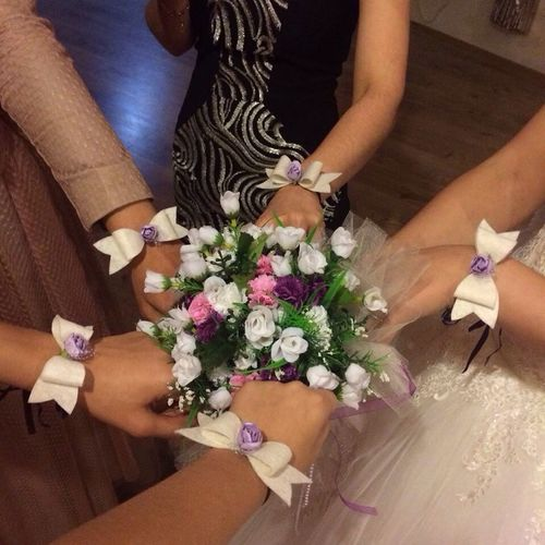 A Moment With The Bride Bridesmaids Happy Time Wedding Day