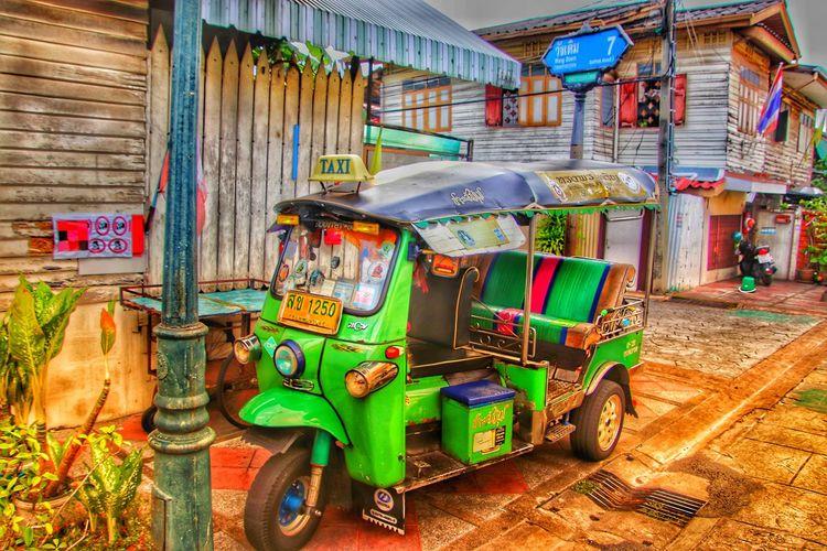 Taxi. Tuk Tuk. Rikscha. Taxi TukTuk ASIA Adian Street Rikshaw Trishaw Rikshaw Ride Rikshaw Full Of People Trishaw Driver Taxi Driver Bangkok Thailand. Taxi Ride Taxis Call A Taxi Adventure Tourism Tourist Market Variation Choice Street Market
