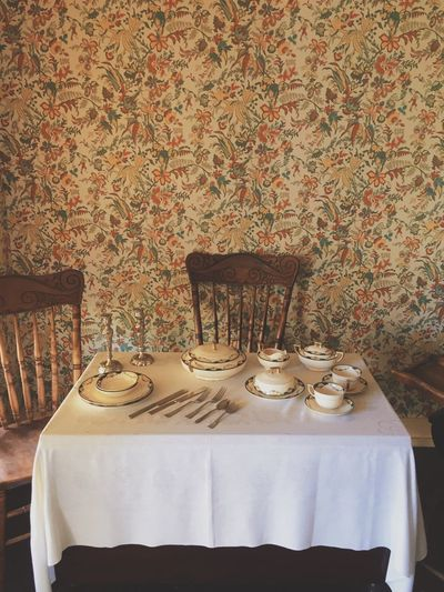 Kitchen Utensils vintage house dinner table Dining Ware Wallpaper Vscocam VSCO VSCO Cam Vscogood Vscophile