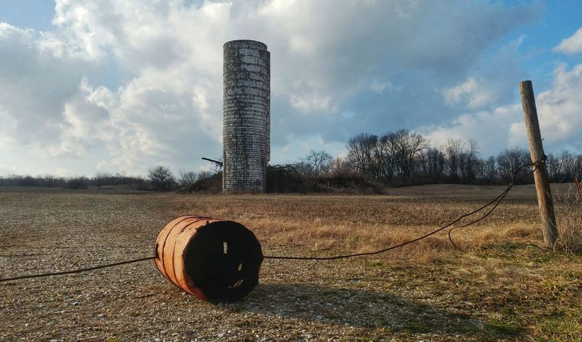 Cloud - Sky Sky No People Architecture Built Structure Outdoors Day Nature Blue Sky And Clouds Sunlight Rural Photography Rurexeploration Rurex Rural Landscape No Trespassing Rural Scene Rural Ohio Silo Nature Agriculture Rust