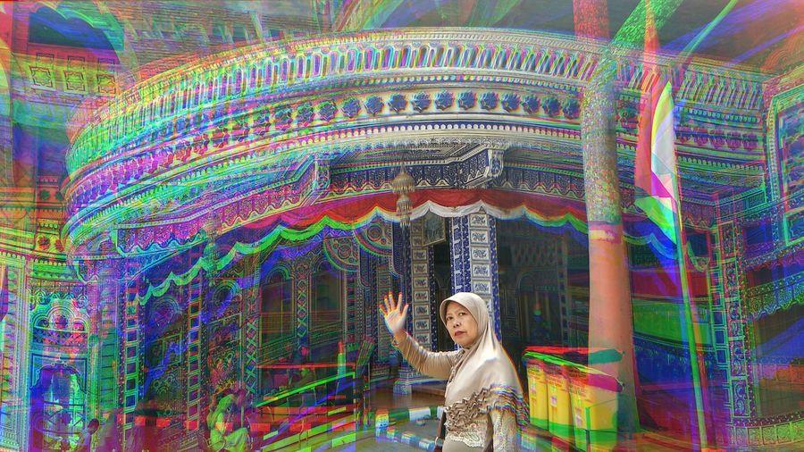 warna warni kehidupan Masjidtiban Türen Jawatimur Janganlupabahagia Multi Colored Motion People One Person Adults Only Only Women Outdoors One Woman Only Day Adult Pixelated