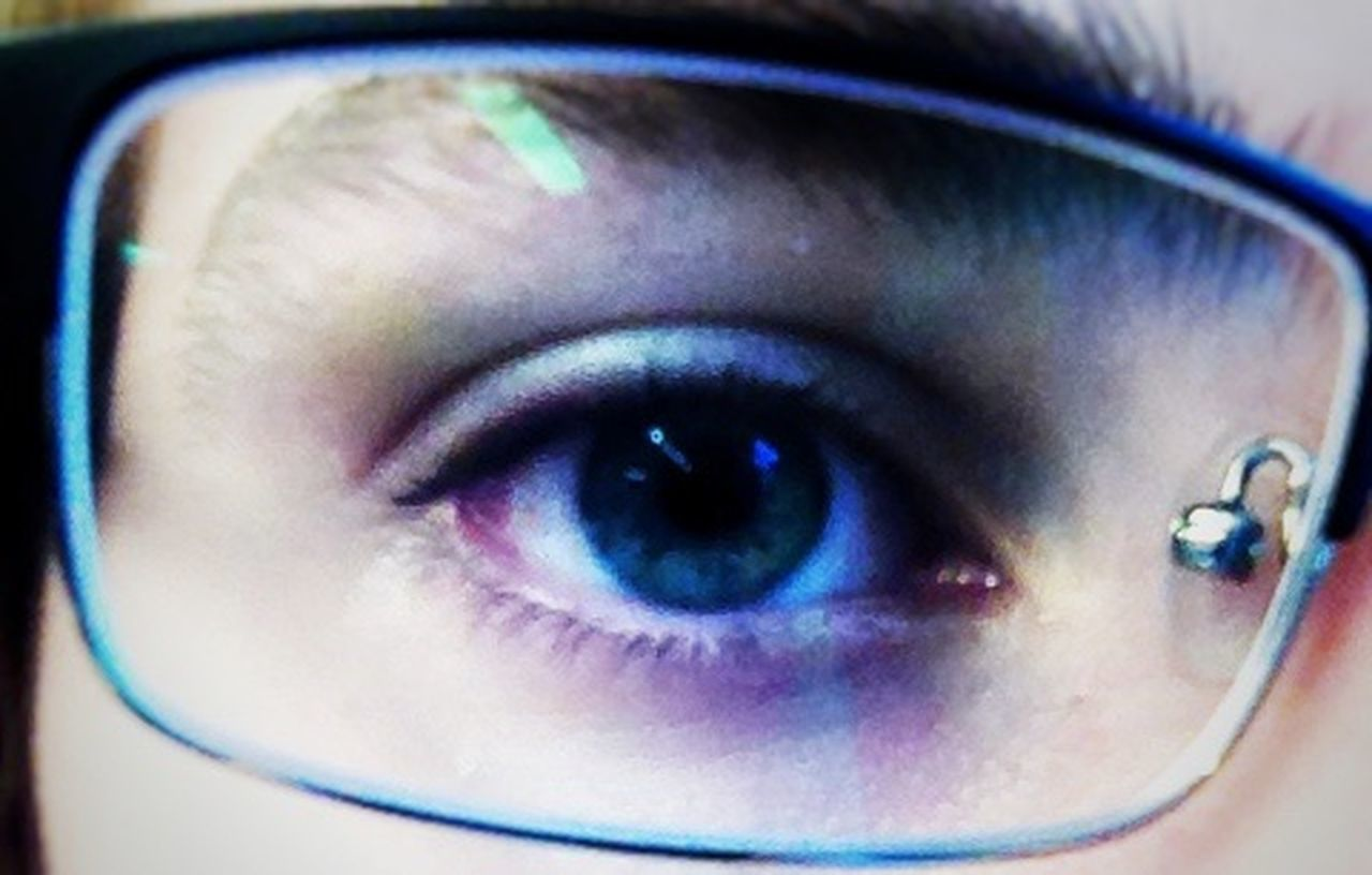 human eye, human body part, eyelash, blue eyes, eyesight, eyeball, one person, close-up, looking at camera, eyebrow, iris - eye, human face, portrait, young adult, adult, one woman only, one young woman only, only women, young women, people, indoors, adults only, day
