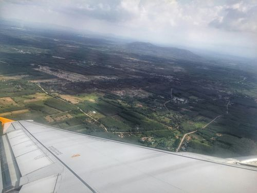 Just as the plane took off and it bank to the left, managed to capture this shot. Boring boring gi Thailand. Sky View Behind The Window Plane Ride Home Work Hatyai LG G3 Mountain