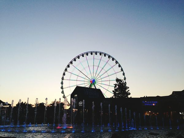 Ferris Wheel Water Show Blue Color Evening Show Gatlingburg TN