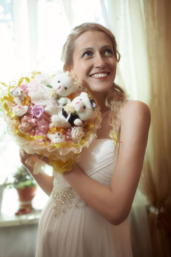 Attractive Bouquet Bridal Bride Caucasian Female Flowers Half Body Marriage  Married Newlywed Pretty Romance Woman