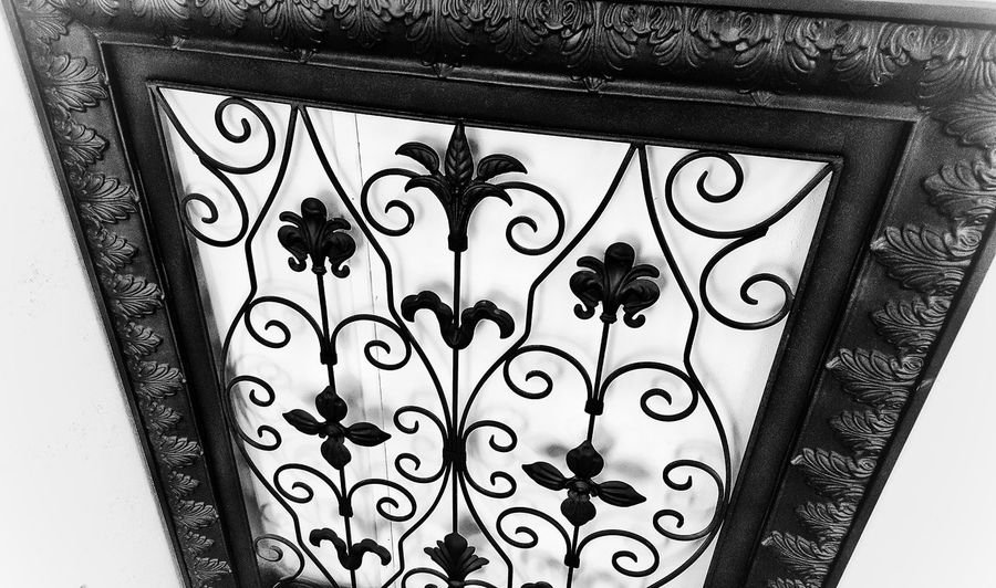 Showcase: February Art From Metal Twisting And Turning Black With White Background Steel Flower Garden Home Decor Metal Art Hanging On Wall Things In My House
