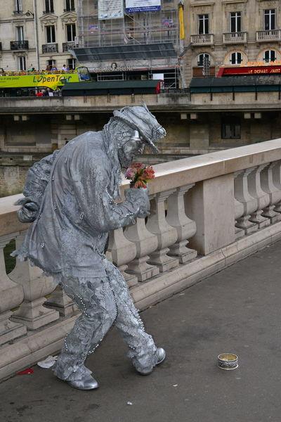 Animation Paris Poesie Streetphotography