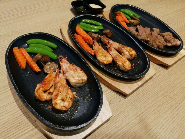 Visual Feast Food And Drink Food Ready-to-eat Food State Lunch Lunch Break Lunch Time! Lunch Time Food And Drink Delicious ♡ SEAFOOD🐡 Seafoodporn Seafood Yum:) SeafoodLover Teppanyaki Teppan Seafood Shrimps