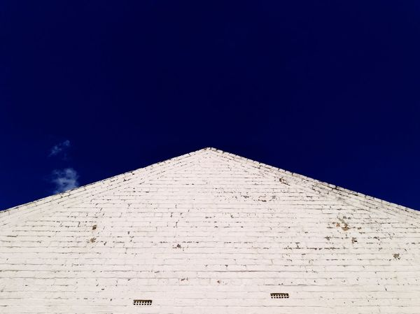 Pointy urbanscape Brick Inustrial  Abstract Texture Outdoors No People Architecture Clear Sky Day Building Exterior