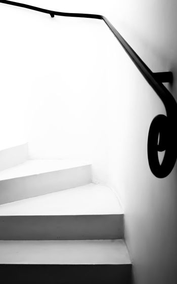 Ascending up the stairs - Geoffrey Bawa House Colombo Ascending Ascending Up The Stairs Black And White Close-up Colombo Sri Lanka Day Focus On Foreground Geoffrey Bawa Geometric Shape Low Angle View No People Sky Staircase Stairs White Fine Art Photography The Architect - 2018 EyeEm Awards