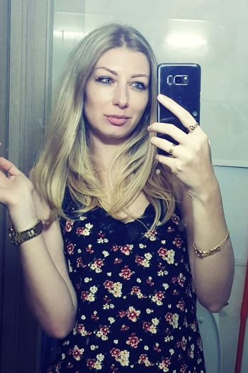 Me :) Me Selfie One Woman Only One Person Photographing Only Women One Young Woman Only Beautiful Woman Beauty Blond Hair Sexygirl Sexylady Ukrainian Girl Blonde Girl Blonde Hair Blue Eyes. Beautiful Girl Autoportrait Sexylips Beautiful Eyes Blue Eyes Flowers Dress Beautiful People Girl Power Pretty Woman Sexiestwoman The Portraitist - 2018 EyeEm Awards