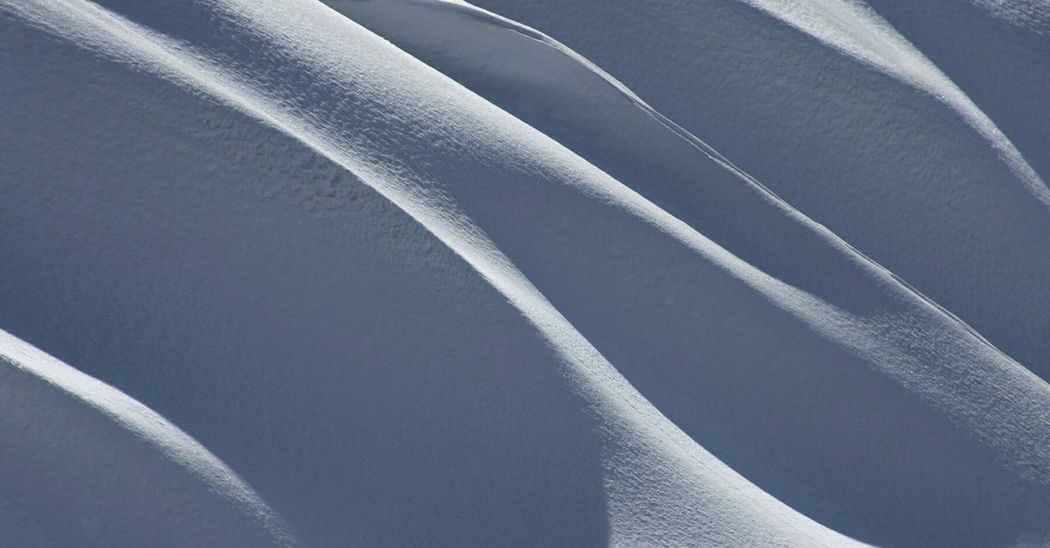 Line art & light Lights And Shadows Winter 2017 Winterscapes Snow Mountain Artphotography Lines Sunlight Iran♥ Iran Nature Nikonphotographer