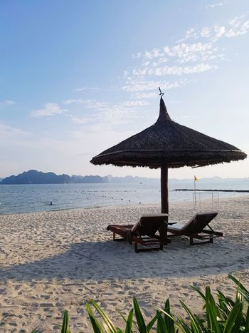 beach EyeEm Gallery Water Sea Beach Relaxation Thatched Roof Sky Sunshade Outdoor Chair